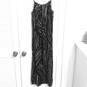 NWOT. Black & White Maxi Dress.